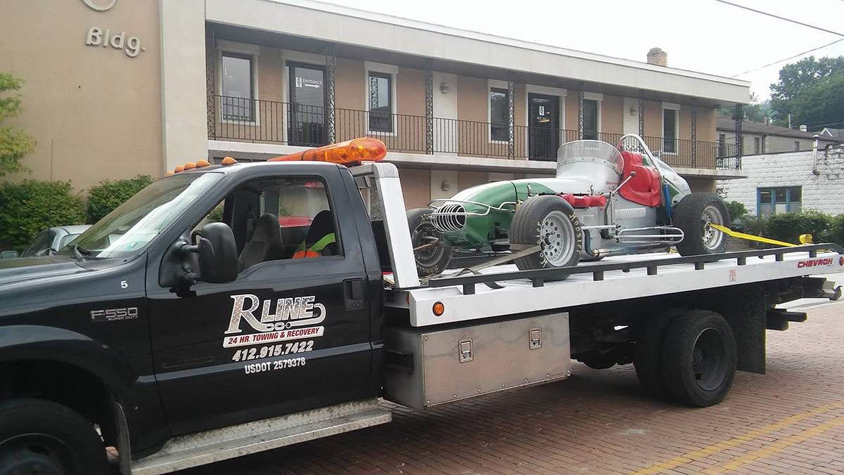 sprint_car_specialty_tow_truck_robinson_twp
