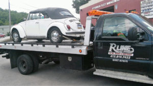 vw_bug_tow_truck_pittsburgh_classic